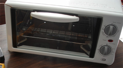 Small toaster ovens can be used to reflow solder paste